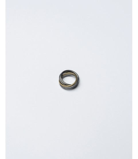 infinity ring in black